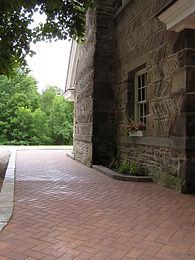 CST Hollan Stone Pavers