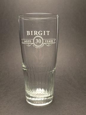 Het alom gekende bierglas met ribbels