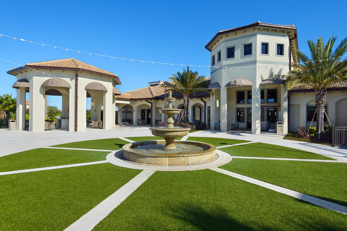 ChampionsGate-Oasis-Club-clubhouse-fount