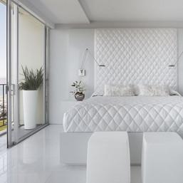 How to Decorate White Bedroom - Interior Decoration