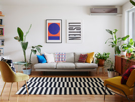 Decorating a Stylish Living Room without a Coffee Table