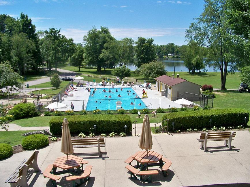 roundup-lake-pool.jpg