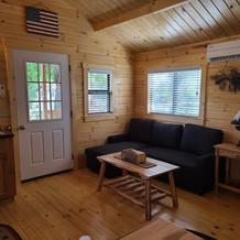 inside_cabin_2.jpg