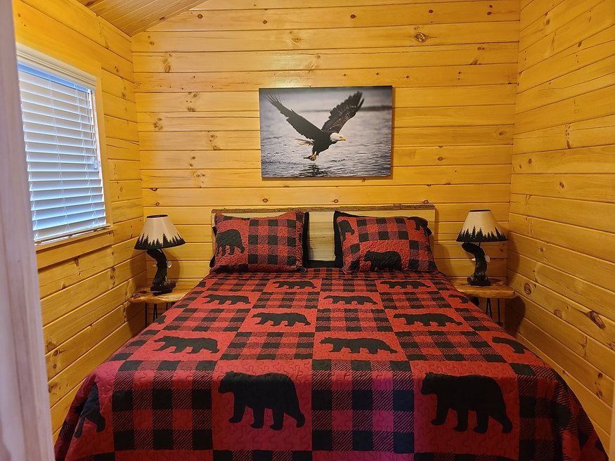 Park model bedroom.jpg