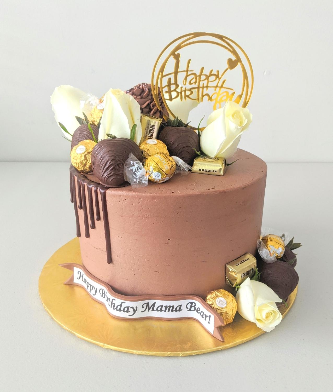 Chocolate Drip Elegance Cake