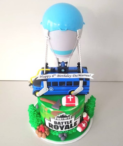 Fortnite Bus & Parachute Cake