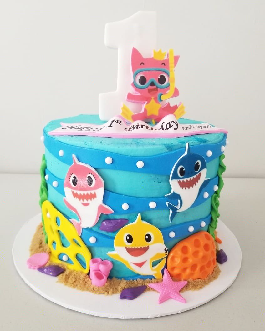 Baby Shark Cake