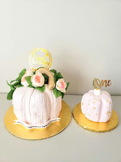 Pumpkin Cake and Smash Cake