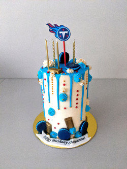 TN Titans Barrel Cake