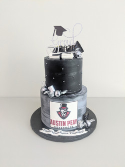 Austin Peay Univ Graduation Cake
