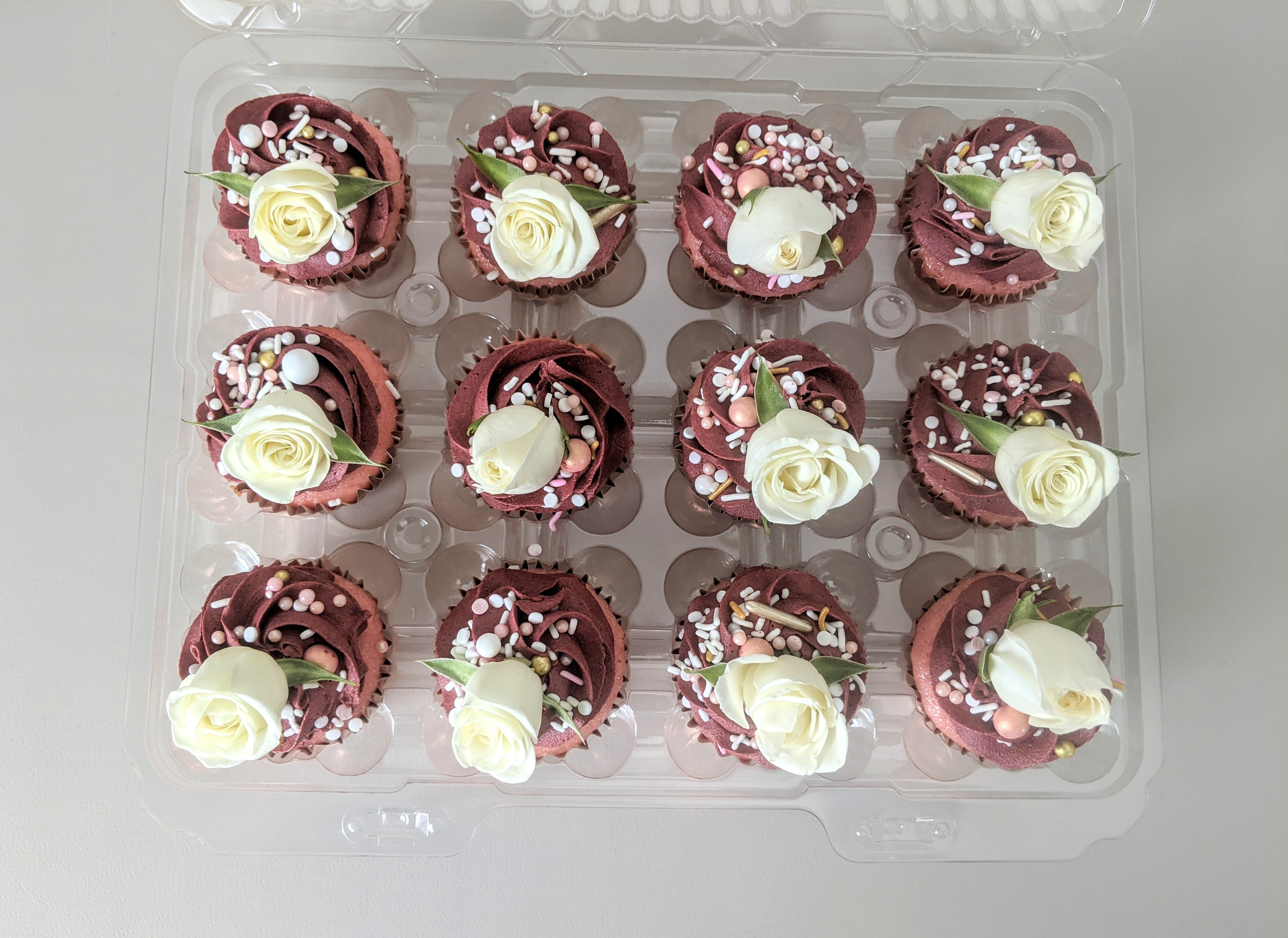 Traditional Cupcakes with Roses