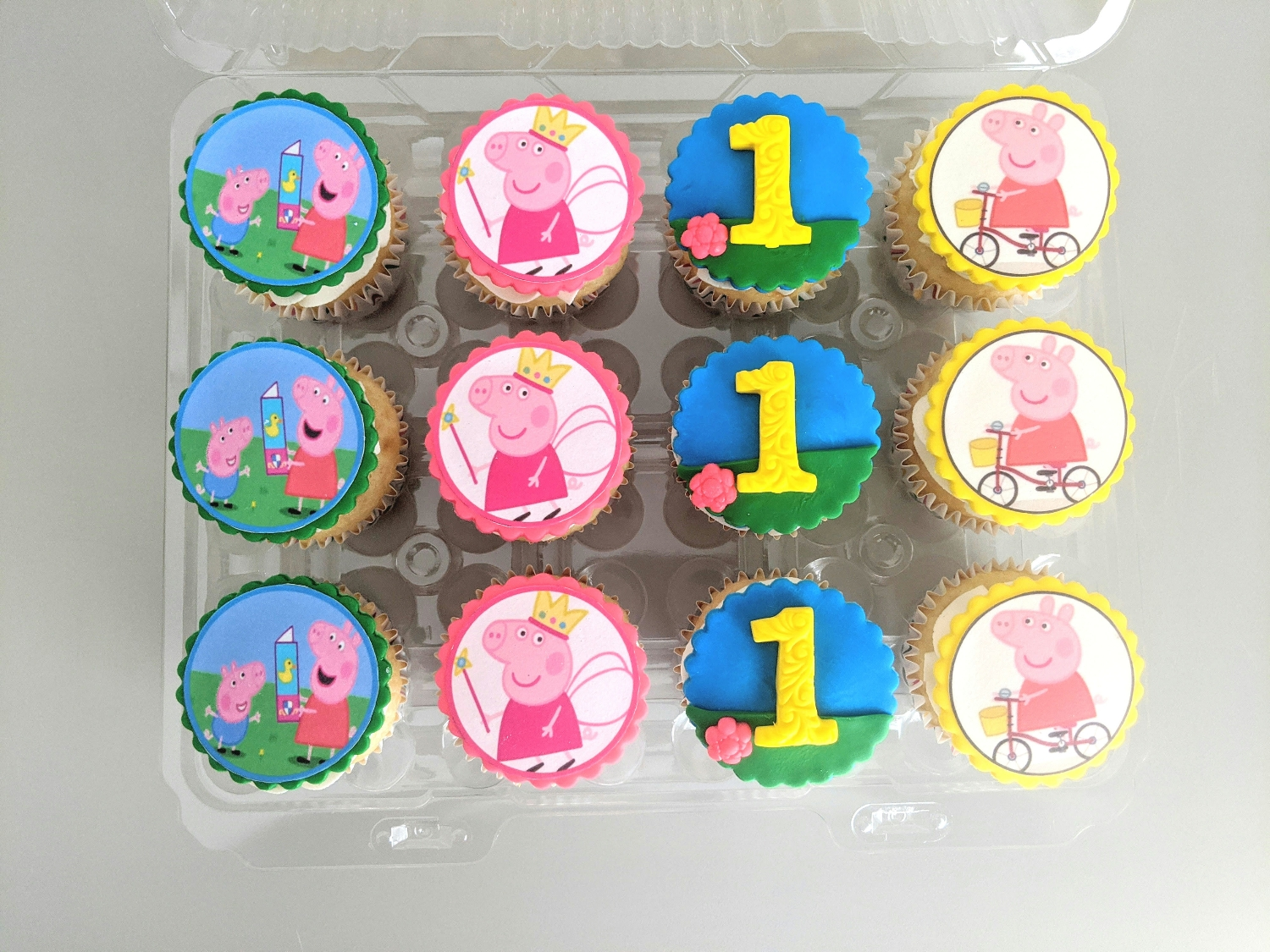 Peppa The Pig Cupcakes