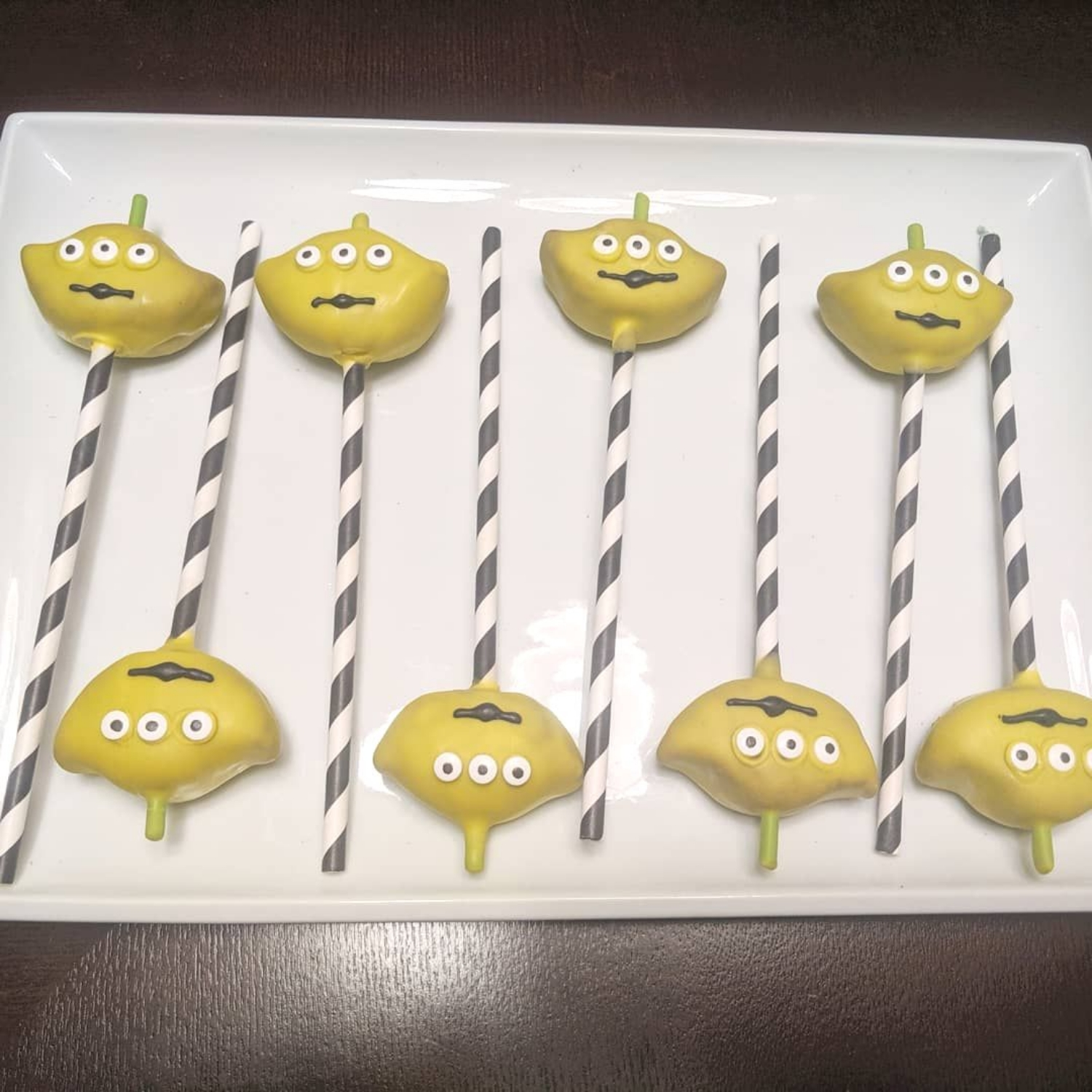 Alien Cake Pops