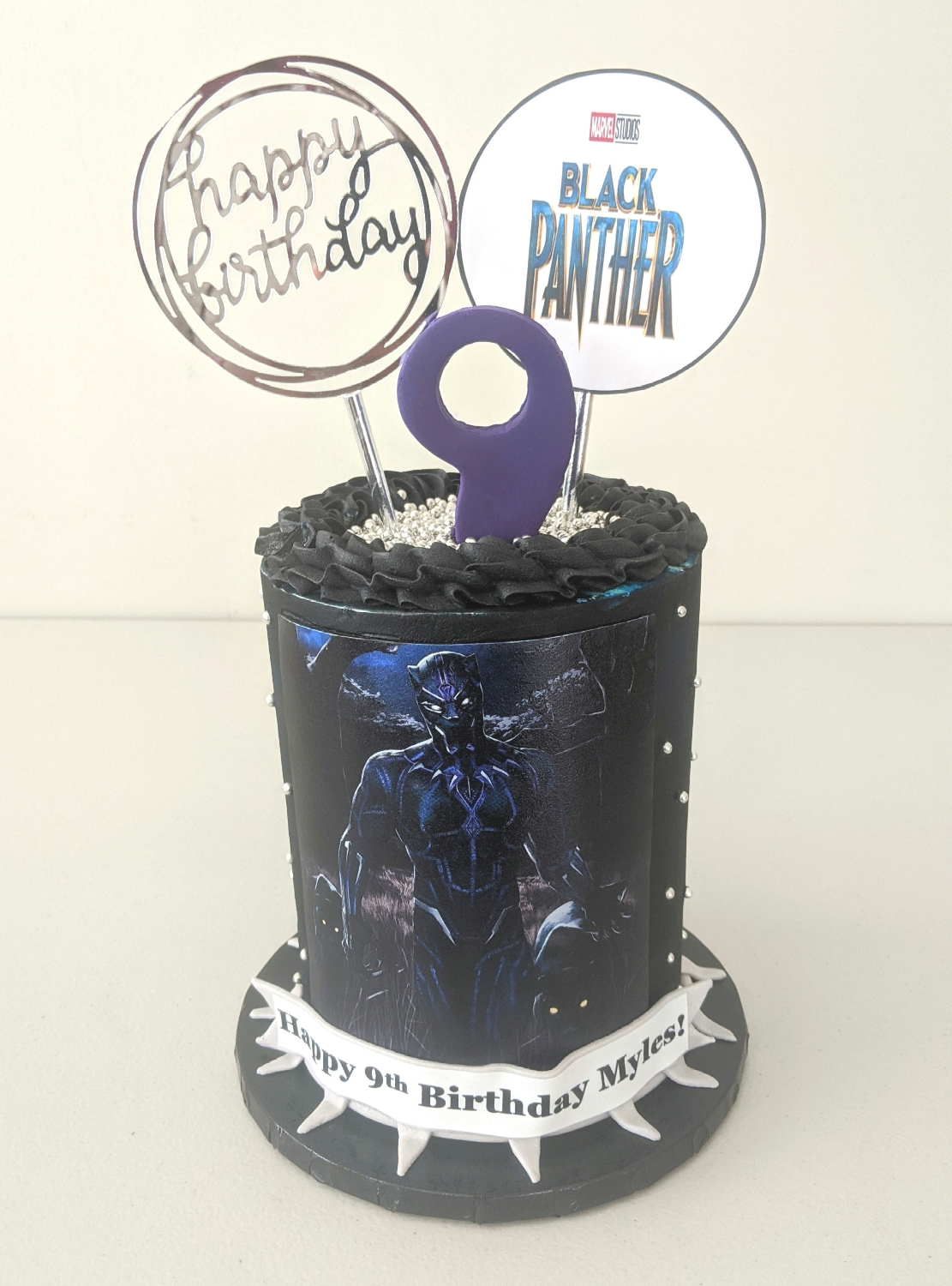 Black Panther Barrel Cake