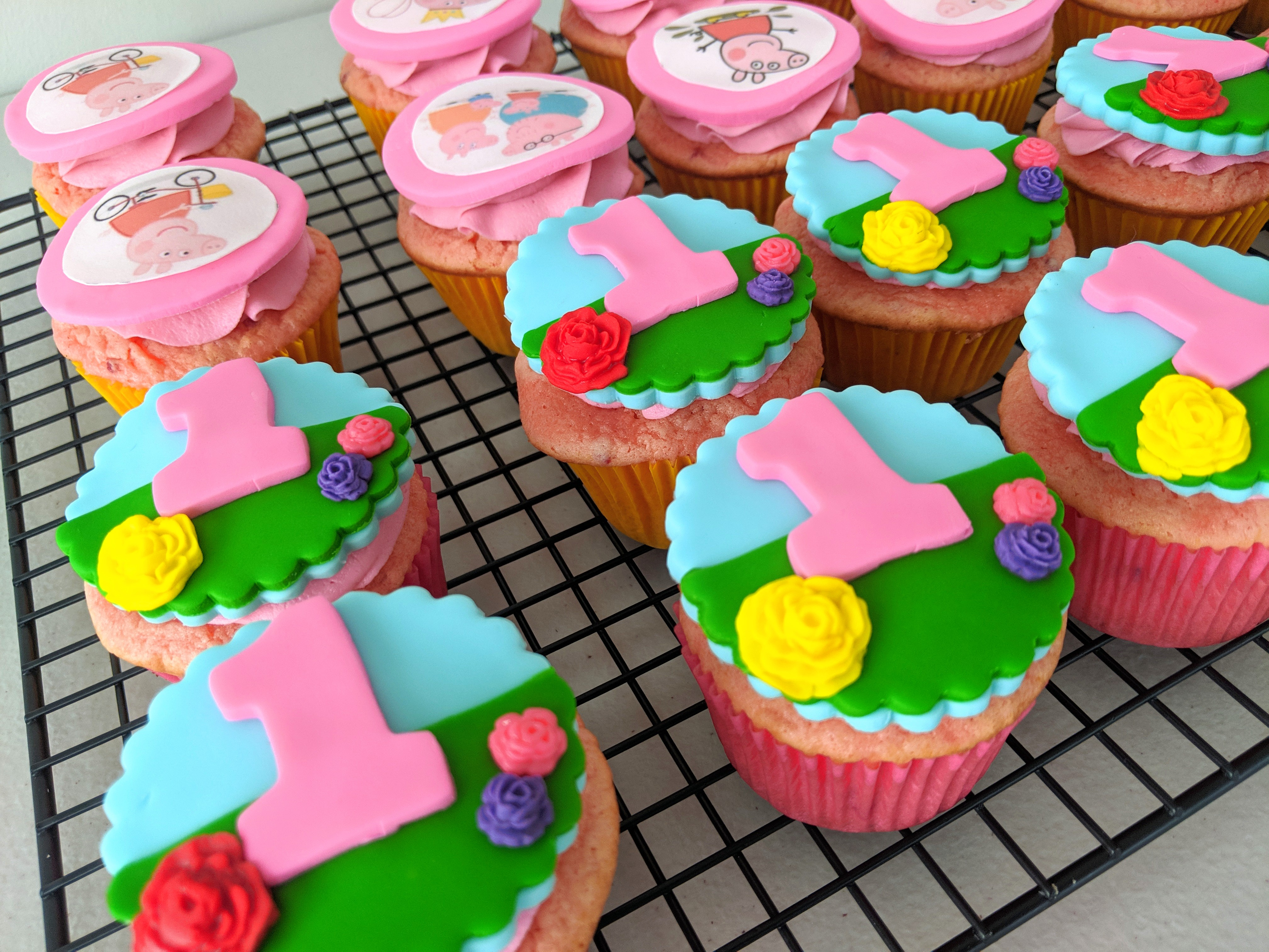 Peppa The Pig Cupcakes (two)