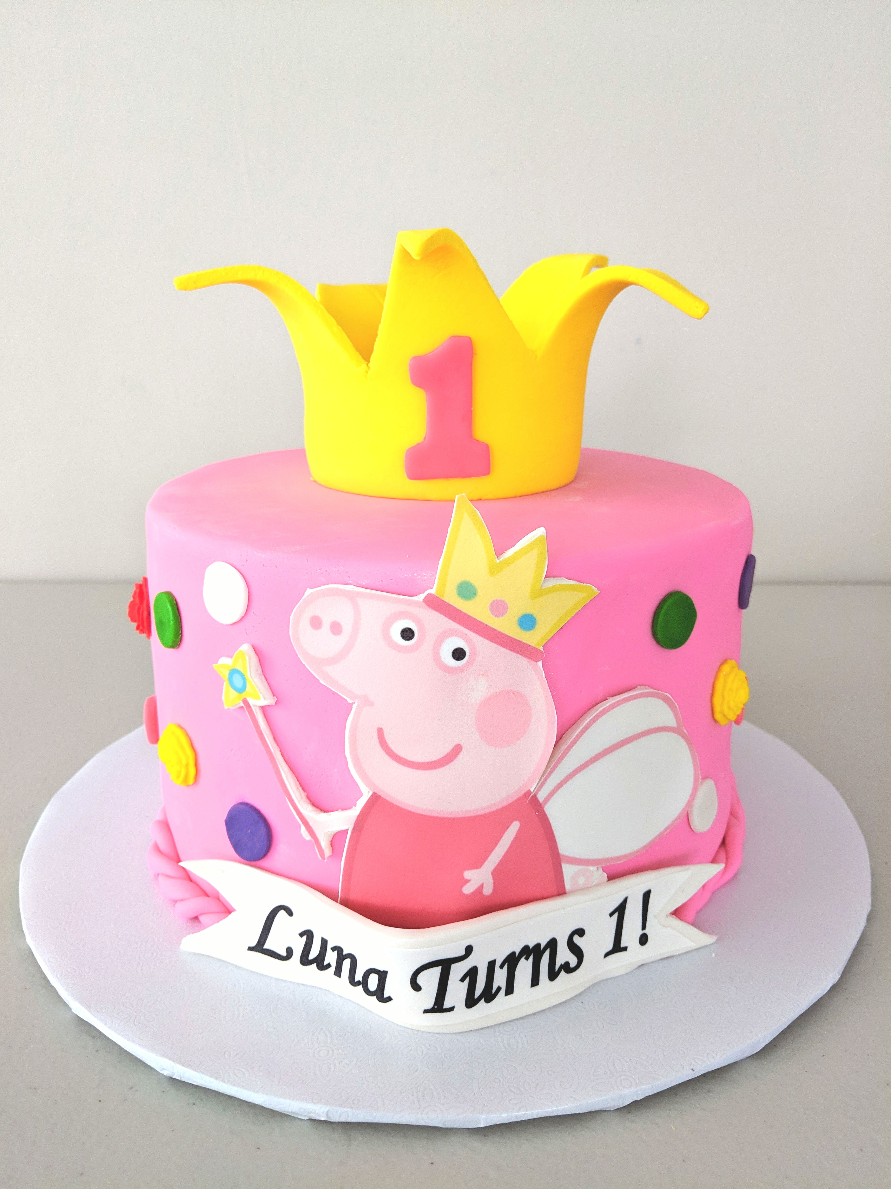 Peppa The Pig Cake