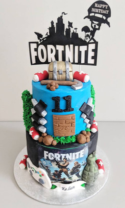 Fortnite Themed Cake
