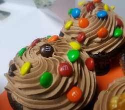 M&M Chocolate Cupcakes
