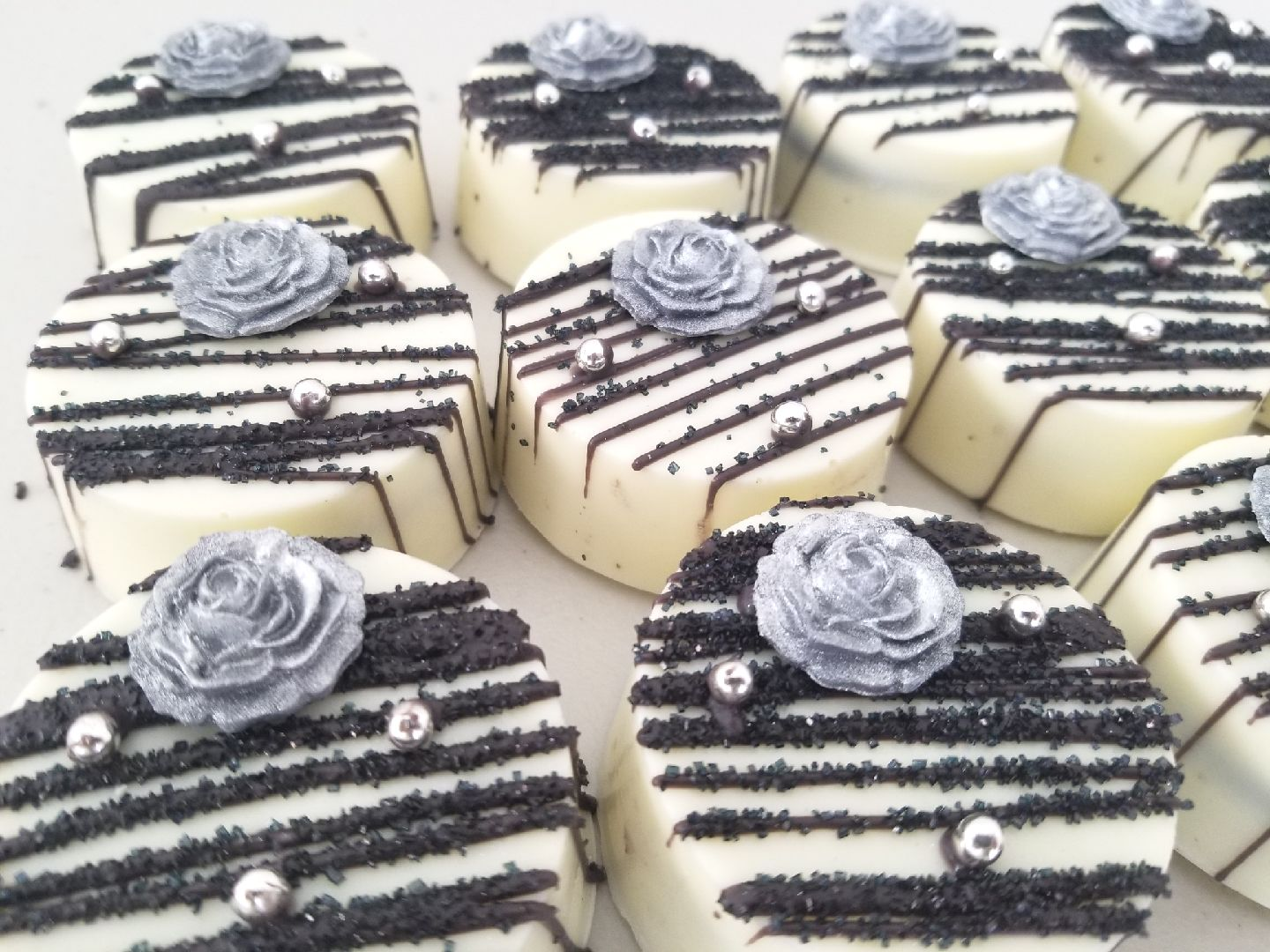 """Elegance"" Chocolate Covered Oreos"