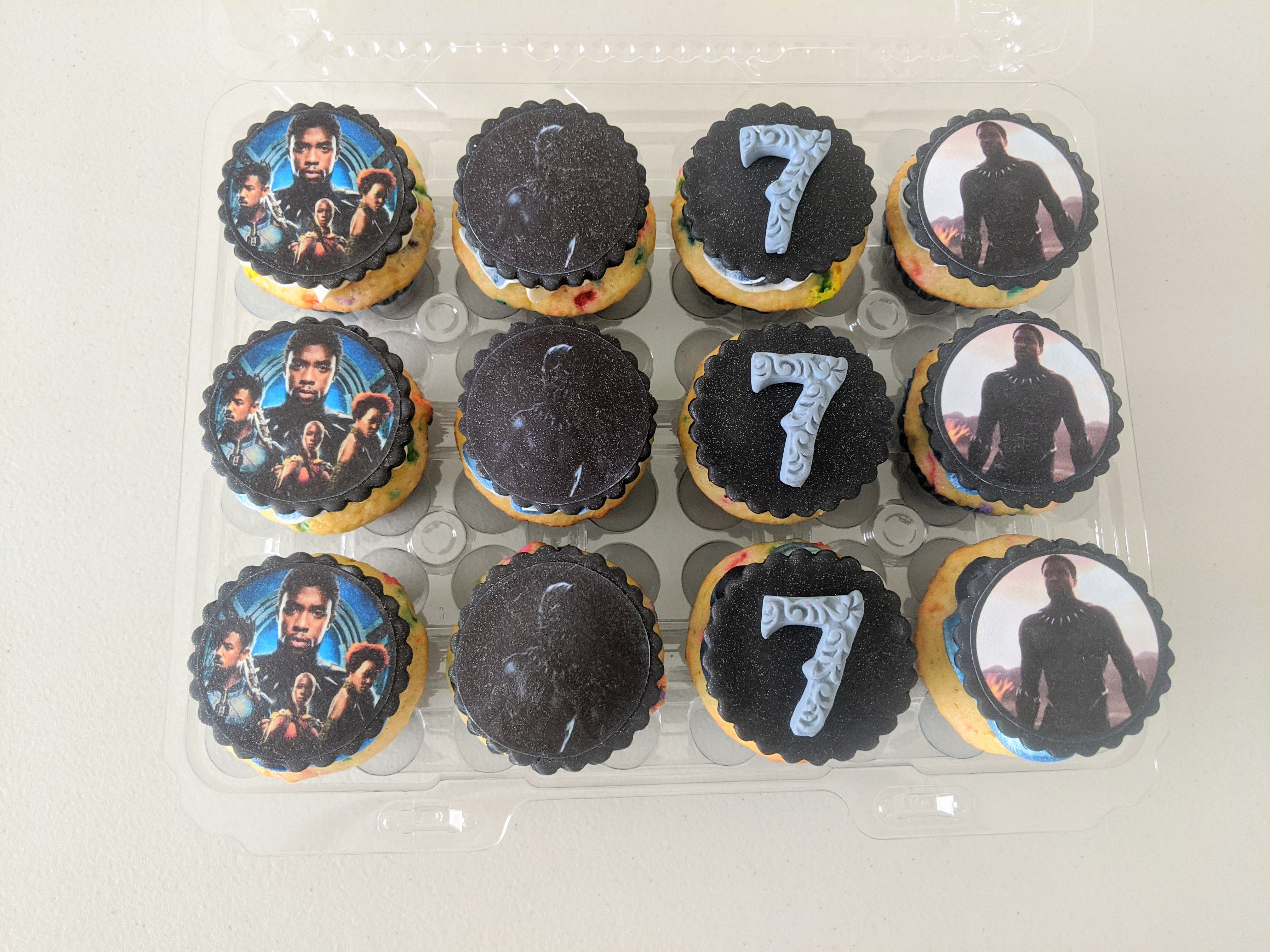 Black Panther Cupcakes