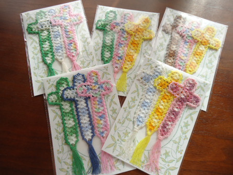 レース編み十字架栞3本セットの色が選べるようになりました!