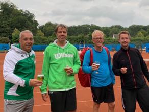 Herren 50 gewinnen überraschend gegen den Westfalenligisten aus Recklinghausen im WTV Vereinspokal