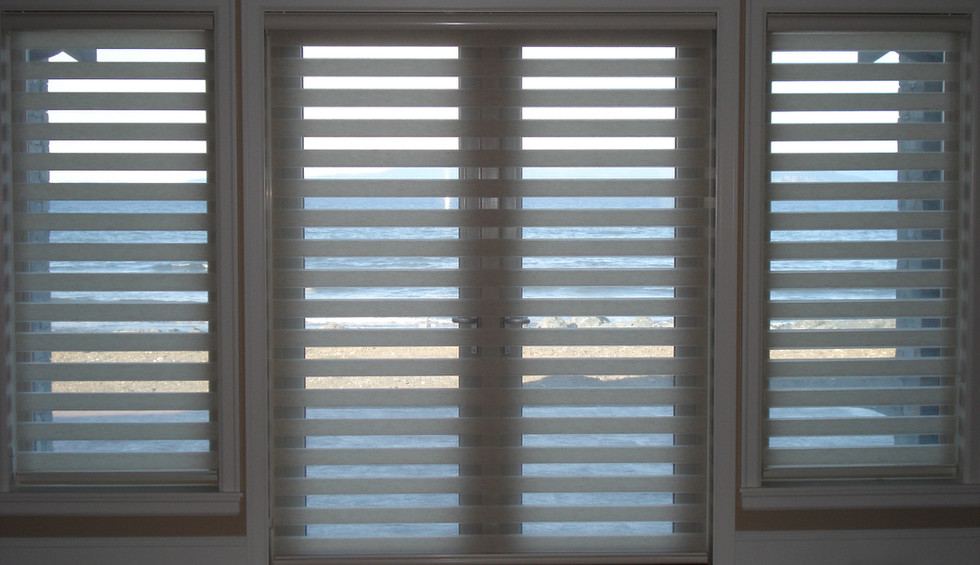 Beautiful Blinds Blue High-Lites