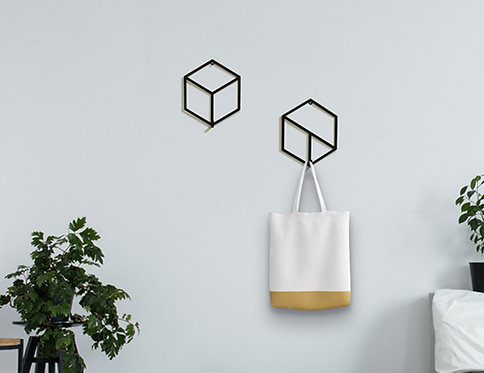 set of 2 metal geometric hangers | design accessories