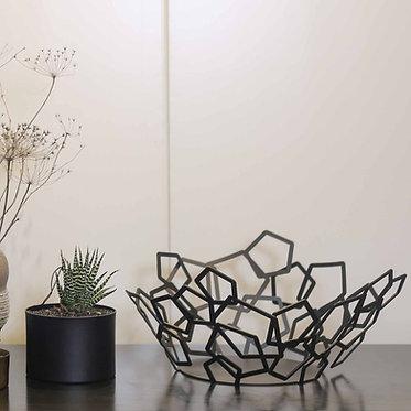 Pentagons bowl - Black | White | design accessories