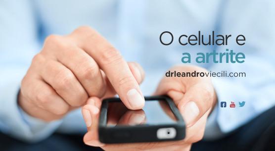 Hábito de digitar no celular pode causar atrite no polegar
