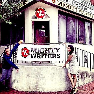 Mighty Writers El Futuro