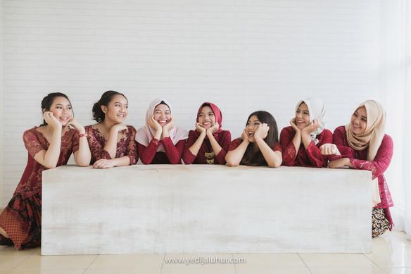 Group Photoshoot 10.jpg