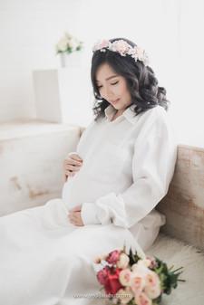 Maternity Photo 15.jpg