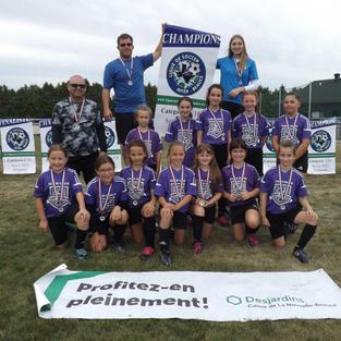 Champions U10F LSIB 2021.JPG