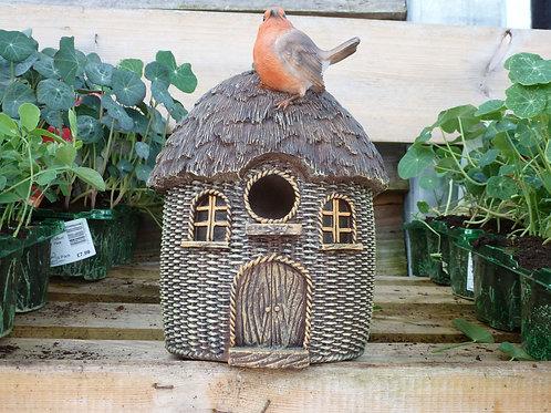 Bird Box - robin on roof