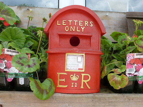Bird House -Red Postbox