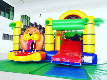 Bouncy-castle-rental-singapore (1).jpg
