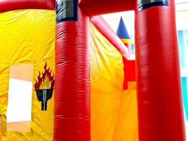 Tall-Slide-Bouncy-Castle-Singapore.jpg