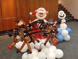 christmas balloon decoration.JPG