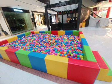 Large-Ball-Pool-for-Rent.jpg