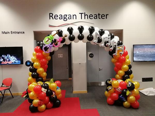 Balloon arch decoration.jpg