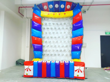Inflatable-Plinko-Prize-Game-Singapore.j