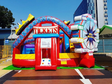 Carnival-Theme-Park-Bouncy-Castle.jpg