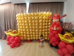 balloon wall decoration singapore.jpeg