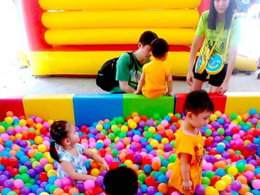 Rent-Large-Ball-Pit-in-Singapore.jpg