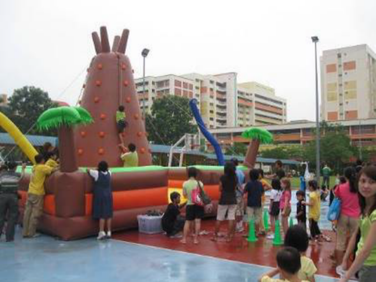 Rock-Climbing-Inflatable-Bouncy-Castle.p