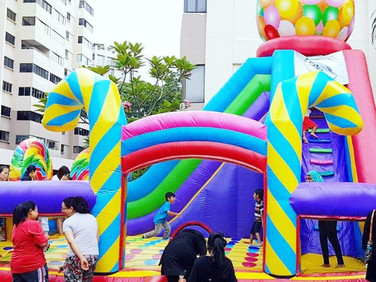 Candy-Bouncy-Castle-Inflatable-Singapore