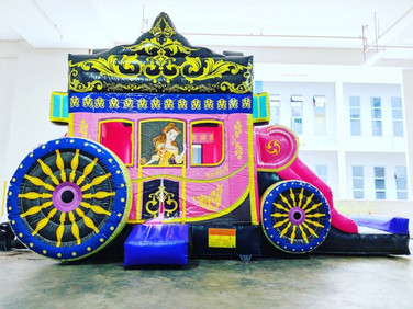 Princess-Carriage-Bouncy-Castle-Singapor