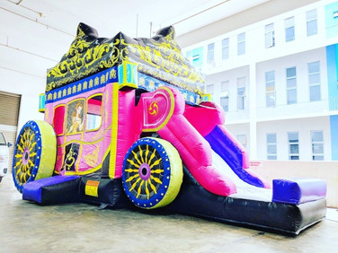 Princess-Carriage-Bouncy-Castle.jpg