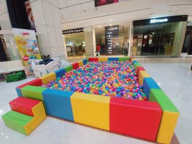 Rent-Ball-Pool-in-Singapore.jpg
